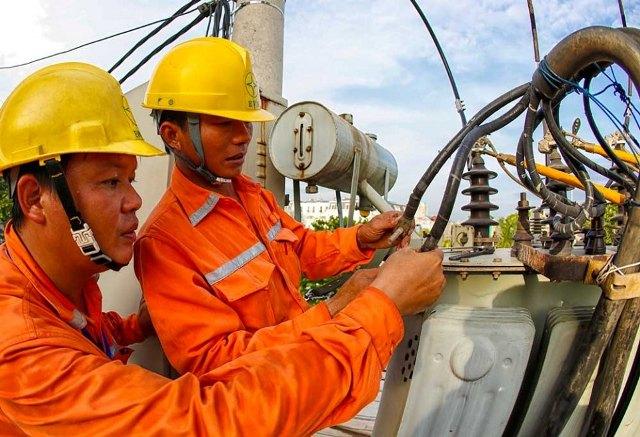 Dự kiến phải huy động 8,6 tỷ kWh điện chạy dầu năm 2020