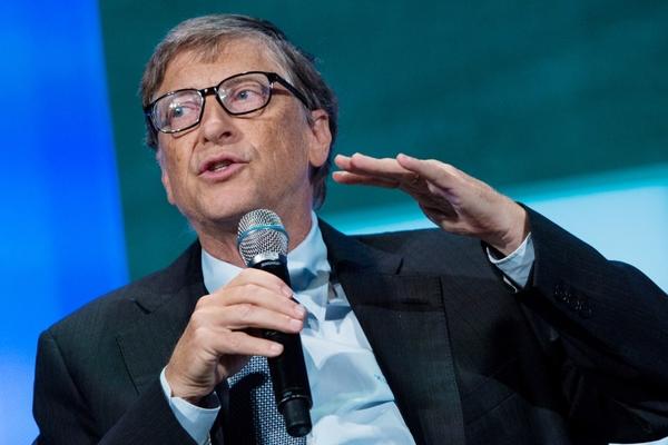 Tỷ phú từng suýt bị đuổi việc khi làm việc tại Microsoft chia sẻ chuyện về Bill Gates