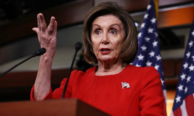 Chủ tịch Hạ viện Mỹ cáo buộc Trump hối lộ Ukraine