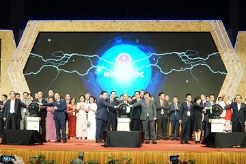 Thủ tướng cùng các tập đoàn tư nhân lớn tại diễn đàn Nâng tầm kỹ năng lao động Việt Nam