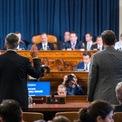 """<p class=""""Normal""""> Quyền Đại sứ Mỹ tại Ukraine William Taylor (trái) và Phó trợ lý Ngoại trưởng Mỹ phụ trách các vấn đề châu Âu và châu Á George Kent (phải) giwo tay tuyên thệ trước khi bắt đầu phiên điều trần công khai của Ủy ban tình báo Hạ viện Mỹ vào ngày 13/11. Trong phiên điều trần, ông Taylor kể lại những gì phụ tá của mình nghe được về cuộc trò chuyện giữa Trump với đại sứ Mỹ tại EU Gordon Sondland, còn ông Kent cung cấp lời khai và nêu ý kiến dựa trên những lần trao đổi với các quan chức khác.<br /><br /><span>Cả hai đều nhấn mạnh tầm quan trọng của việc viện trợ quân sự của Mỹ đối với Ukraine, đồng thời bày tỏ lo ngại rằng Tổng thống Trump hoãn khoản viện trợ này nhằm gây sức ép yêu cầu Tổng thống Ukraine tuyên bố điều tra ông Biden và công ty khí tự nhiên Burisma của Ukraine.</span><br /><br /><span>Ngoài ra, ông Kent phủ nhận cáo buộc cựu Phó thủ tướng Biden đã can thiệp vào chính trị nội bộ của Ukraine nhằm trục lợi cho công ty của con trai của mình. Trong khi đó, ông Taylor cho biết ngoài kênh ngoại giao chính thức của Mỹ, còn có một kênh không chính thức khác với sự tham gia của luật sư cá nhân của ông Trump là Rudy Juliani nhằm tác động tới chính sách của Mỹ với Ukraine. Ảnh: <em>Reuters</em>.</span></p>"""
