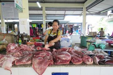 Bộ trưởng Nông nghiệp cảnh báo nguy cơ rối loạn thị trường thịt lợn