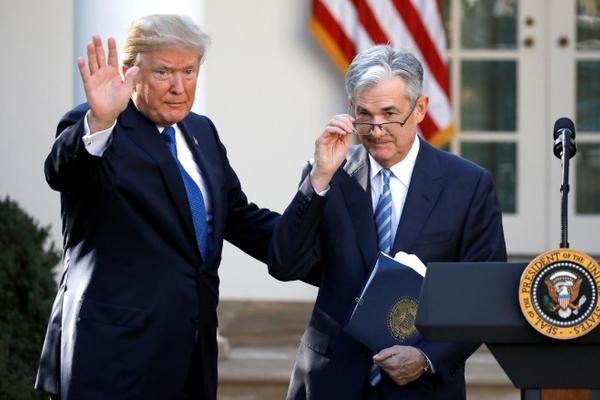 Trump gặp trực tiếp chủ tịch Fed sau nhiều tháng chỉ trích