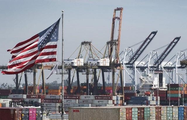 UBS: Căng thẳng địa chính trị sẽ tác động tăng trưởng kinh tế toàn cầu