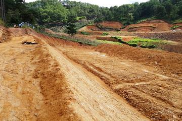Từ 5/1/2020, lấn chiếm đất đai có thể bị phạt đến 1 tỷ đồng