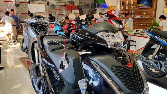 Đại lý hét giá Honda SH chênh gần 30 triệu đồng