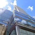 <p> Trụ sở chính của công ty tại New York nằm trên đại lộ Lexington ở Manhattan, trong một tòa nhà 55 tầng có tên gọi là Tháp Bloomberg. Bloomberg cũng chi hàng triệu USD cho trực thăng và máy bay riêng. (Ảnh: <em>Google Maps</em>)</p>