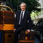 Ông chủ Louis Vuitton lấy ngôi giàu nhì thế giới của Bill Gates