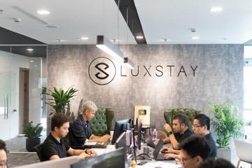 Luxstay triển khai dịch vụ đưa đón sân bay bằng xe VinFast Lux
