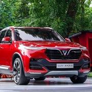 Tăng giá 2 lần liên tiếp, VinFast vẫn báo lỗ gần 300 triệu đồng mỗi xe Lux A