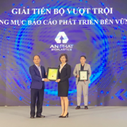 Nhựa An Phát Xanh nhận giải tại cuộc bình chọn doanh nghiệp niêm yết