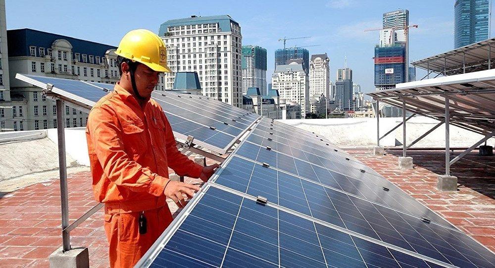 Đấu thầu điện mặt trời: Kinh nghiệm từ Campuchia và bài học cho Việt Nam