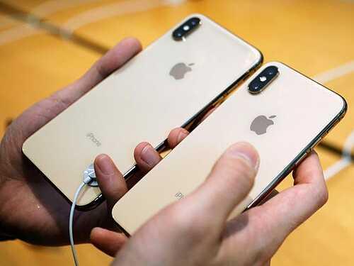 Giá iPhone XS Max xách tay lao dốc