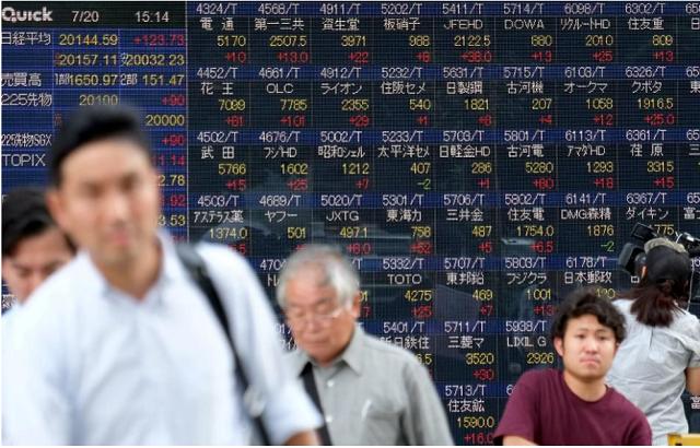 Số liệu kinh tế Trung Quốc vượt kỳ vọng, chứng khoán châu Á phục hồi