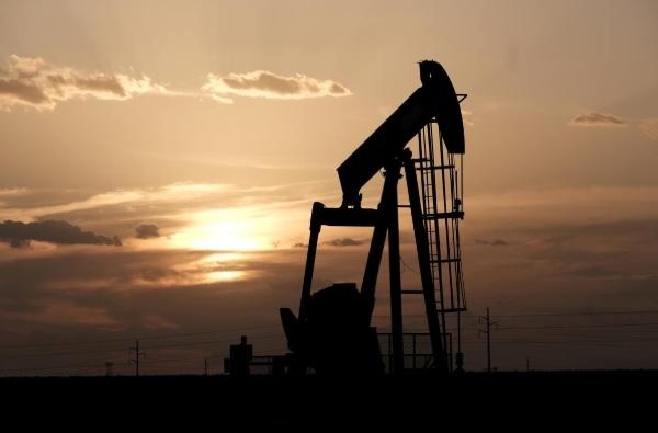 Kỳ vọng OPEC+ cắt giảm sản lượng hơn nữa, giá dầu tăng 1%