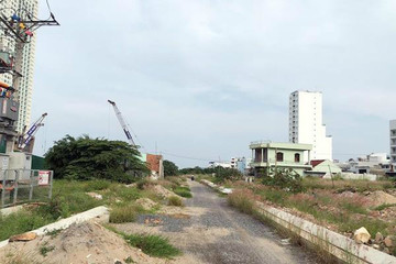 Khánh Hoà 'cấm cửa' mua bán với nhiều dự án