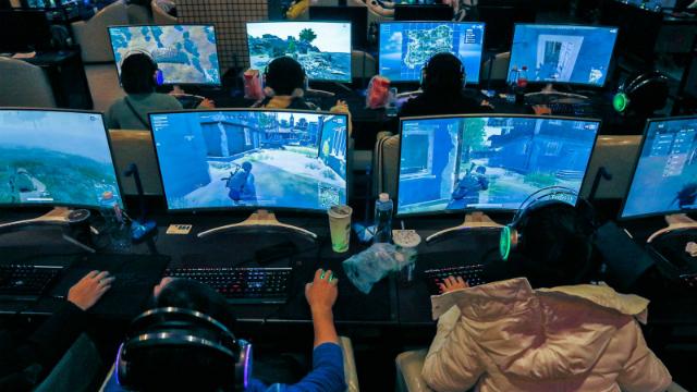 Những game thủ hàng đầu như Zen kiếm được hơn 91.000 USD. Ảnh: Nikkei.