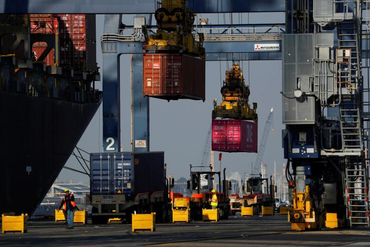UBS: Kinh tế thế giới có khả năng phục hồi vào nửa cuối 2020