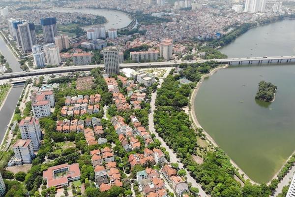BĐS tuần qua: Hà Nội hạ đề xuất tăng giá đất 5 năm tới về 15%, Bí thư Đà Nẵng khẳng định sẽ xây cảng Liên Chiểu