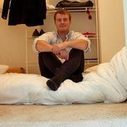 Ông chủ startup nhận triệu USD từng sống trong một chiếc tủ