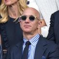<p> Jeff Bezos mất tiền nhiều hơn bất kỳ vị tỷ phú nào khác trên thế giới trong năm 2019, chủ yếu đến từ vụ ly hôn, nhưng vẫn nằm trong top 2 giàu nhất hành tinh. Tài sản của ông hiện ít hơn 15,6 tỷ USD so với đầu năm nay. Ảnh: <em>Getty</em>.</p>