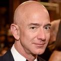 <p> Tài sản của ông chủ Amazon bằng khoảng 23% tổng số tài sản từ 100 trường đại học hàng đầu nước Mỹ. Ảnh: <em>Getty</em>.</p>
