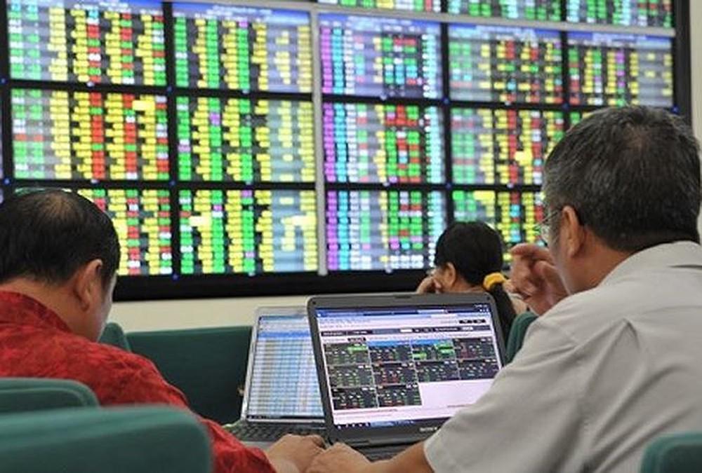 Sắc xanh bao trùm thị trường CW trong phiên 12/12, thanh khoản tiếp tục giảm
