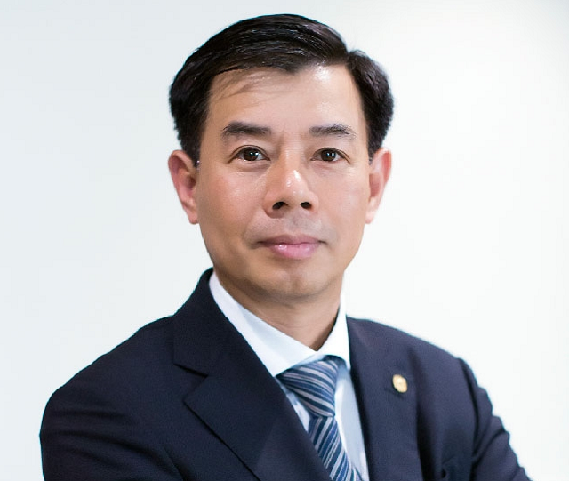 CEO Vingroup: 'Thắt lưng buộc bụng' dồn lực cho VinFast và VinSmart