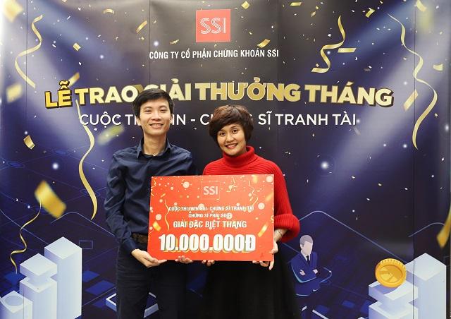 Chứng sĩ Nguyễn Quang Thành đoạt giải nhất đấu trường phái sinh tháng 11. Ảnh: Bảo Linh.