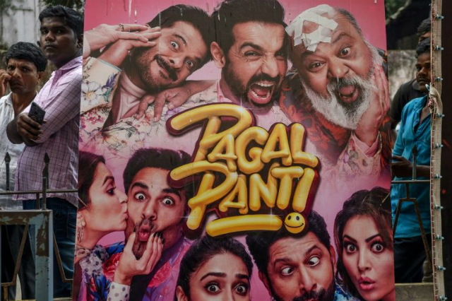 Với khoảng 1.800 bộ phim phát hành năm 2018, Ấn Độ được coi là xưởng phim lớn nhất thế giới với Bollywood là ngôi sao sáng nhất.