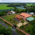<p> Nhóm kiến trúc sư của G+ Architects so sánh An's House với hình ảnh của một ốc đảo trong khu vườn 2.000 m2.</p>