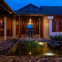 <p> An's House là tên của công trình nhà ở nằm giáp ranh giữa Củ Chi (TP HCM) và Tây Ninh.Nhà được xây dựng và thiết kế cho một gia đình 3 thế hệ với mong muốn các thế hệ trẻ sẽ lưu giữ và kế thừa nhà thờ tổ tiên từ hơn 60 năm.</p>