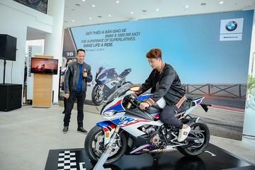 BMW Motorrad giới thiệu S 1000 RR mới tại Việt Nam
