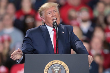 Số triệu phú Mỹ ủng hộ Trump tăng