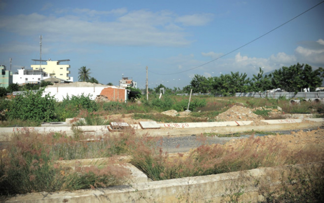 Dự án khu dân cư Cồn Tân Lập đến nay vẫn bỏ trống. Ảnh: Nguyễn Chung