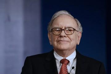 Chiến lược tặng quà Giáng Sinh của tỷ phú Warren Buffett