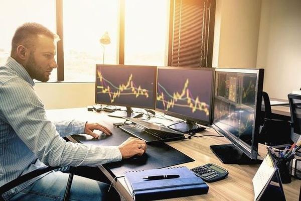 Khối ngoại mua ròng trở lại ở sàn HoSE, tập trung gom MSN