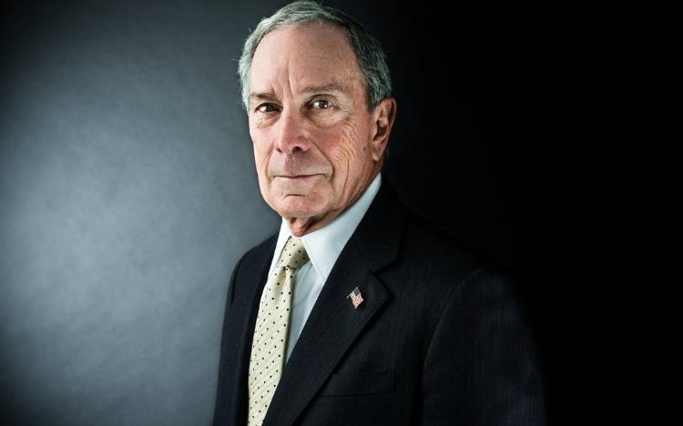Tỷ phú Bloomberg chi mạnh tay cho quảng cáo
