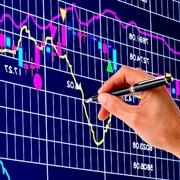 CW dựa theo cổ phiếu HPG và VNM đồng loạt tăng, thanh khoản vẫn thấp