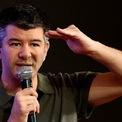 """<p> Tháng 3, với tư cách là CEO của quỹ đầu tư 10100, Kalanick cho biết ông đang tập trung tạo ra việc làm trên quy mô lớn. Tuy nhiên, theo <em>Los Angeles Times</em>, vẫn chưa rõ ông dự định tạo ra loại công việc nào. """"Ở Uber, Kalanick bị chỉ trích vì tạo ra một ngành công nghệ hoàn toàn phụ thuộc vào các lao động hợp đồng thay vì nhân viên toàn thời gian. Bản thân Uber được kỳ vọng một ngày nào đó sẽ thay thế các tài xế bằng phương tiện tự lái"""", <em>Los Angeles Times</em> viết. Ảnh:<em> Getty Images.</em></p>"""