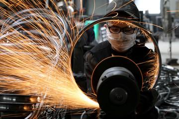 PMI của Trung Quốc tăng tháng thứ hai liên tiếp