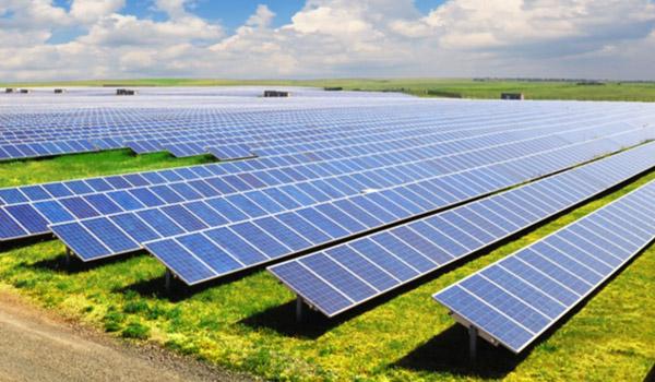 Giá điện mặt trời áp mái có thể dưới 2.000 đồng một kWh