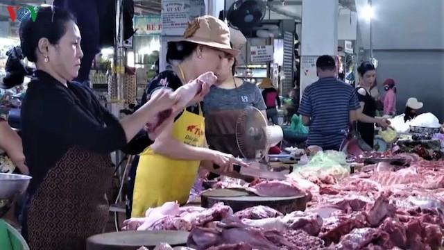 Quảng Ngãi thiếu hụt hơn 500 tấn thịt lợn dịp Tết Nguyên đán