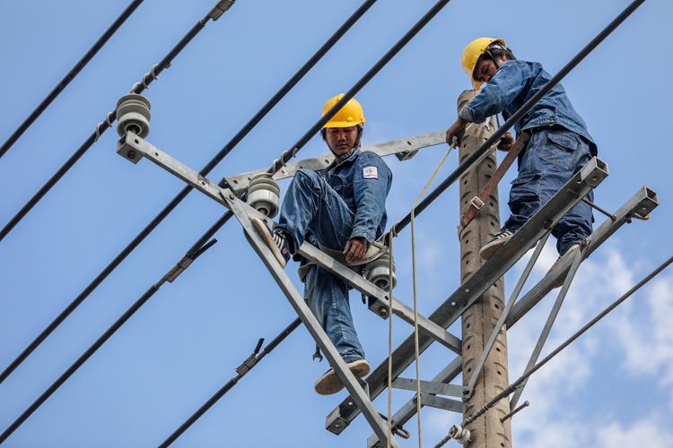 Việt Nam sẽ mua gần 1,5 tỷ kWh điện từ Lào
