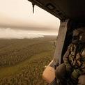 <p> Đám khói bốc lên cao từ khu vực rừng đang cháy tại Gippsland, bang Victoria, nhìn từ trên trực thăng của Hải quân Hoàng gia Australia vào ngày 5/1. Ảnh: <em>Bộ Quốc phòng Australia.</em></p>