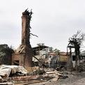 <p> Một căn nhà bị thiêu rụi tại thị trấn Wingello vào ngày 6/1. Khoảng 1.400 ngôi nhà ở bang New South Wales và hàng chục thị trấn nông thôn bị tàn phá bởi đợt cháy rừng. Ảnh: <em>Reuters</em>.</p>