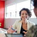 <p> <strong>2. Hiểu rõ giá trị của mình:</strong> Laura Garnett, diễn giả của TEDx, tin tưởng mỗi người đều có tài năng riêng. Người thành công hiểu rõ mình giỏi ở mặt nào và tận dụng nó mỗi ngày. Do đó, bạn nên xác định tài năng của mình, giúp bản thân tự tin, đặt mục tiêu chính xác và đi đúng hướng. Ảnh: <em>Shutterstock.</em></p>