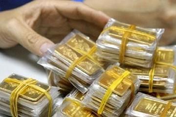 Giá bán vàng vượt 44,5 triệu đồng/lượng