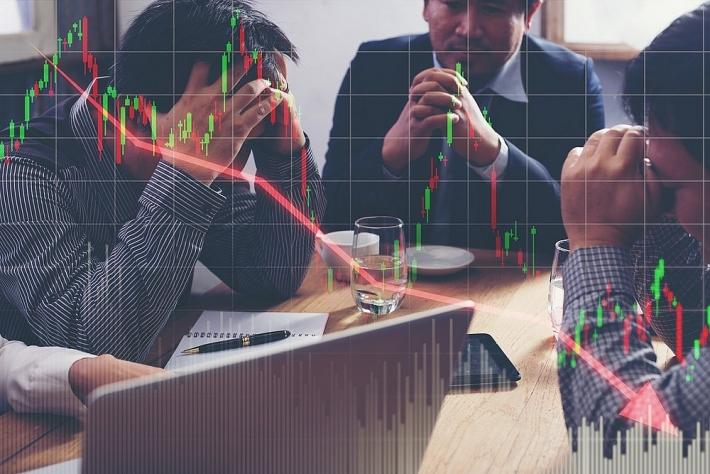 Cổ phiếu ngân hàng đua nhau tăng, VN-Index lên hơn 11 điểm
