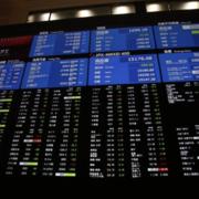 Cổ phiếu thế giới lên cao kỷ lục